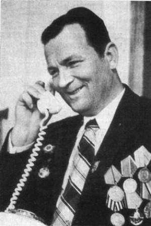 Герой - пулеметчик Иван Васюк.