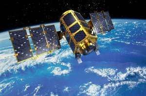 Космические спутники Земли