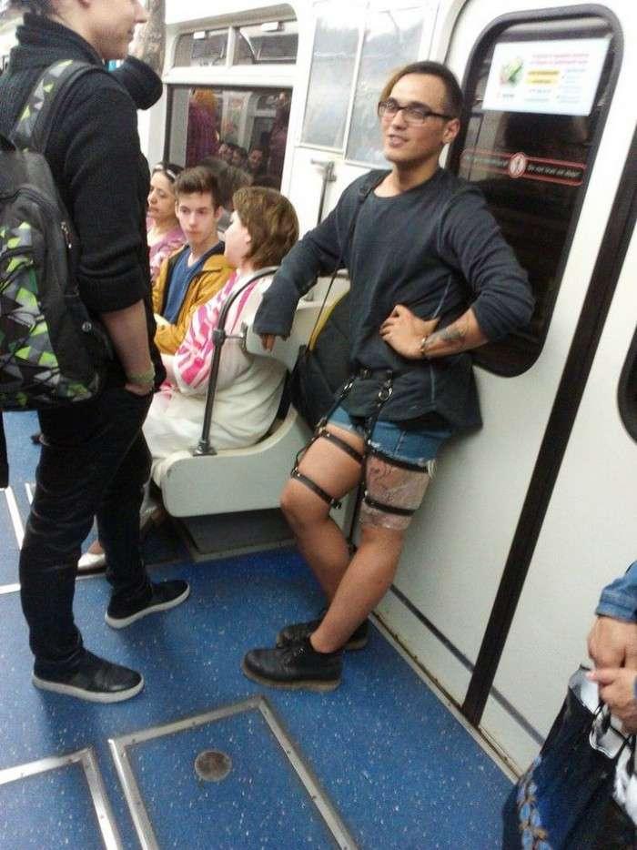 Модники з російського метрополітену (23 фото)