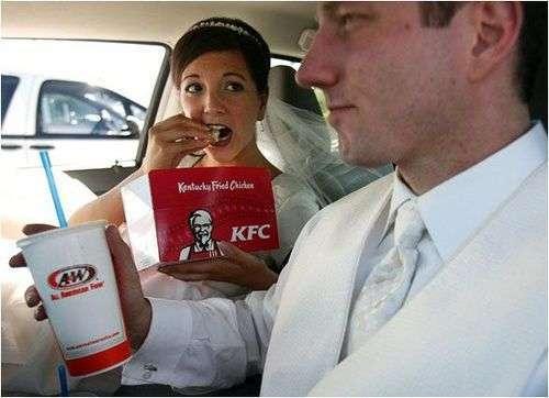 На весіллі буває всяке (22 фото)