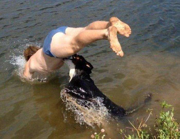 Самий невдалий стрибок у воду (3 фото)